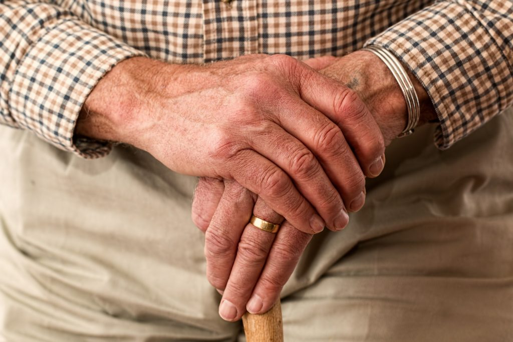 Things That Cause the Elderly to Fall